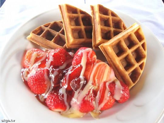 冬季限定草莓鬆餅