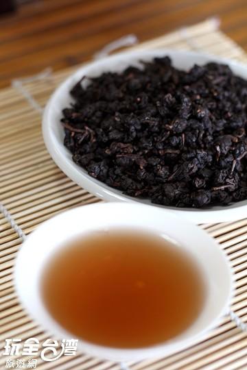 F02 陳年炭焙烏金老茶(600g)