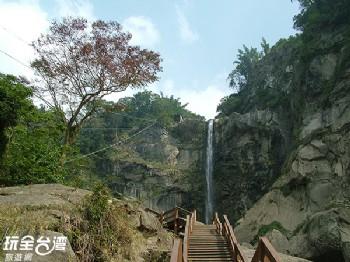 草嶺蓬萊瀑布步道
