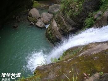 天井瀑布、化石平台(大鞍竹海風景區)