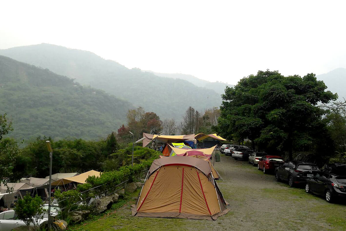 阿里山頂笨仔露營區