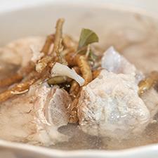 清境復古雞‧古早味窯烤活魚料理