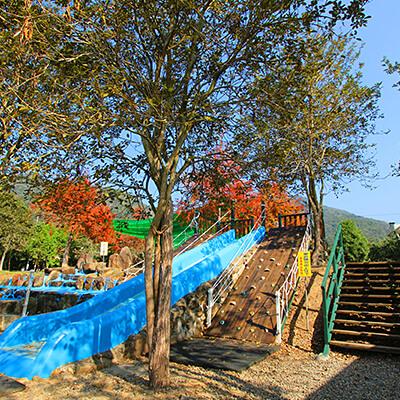 攀岩溜滑梯