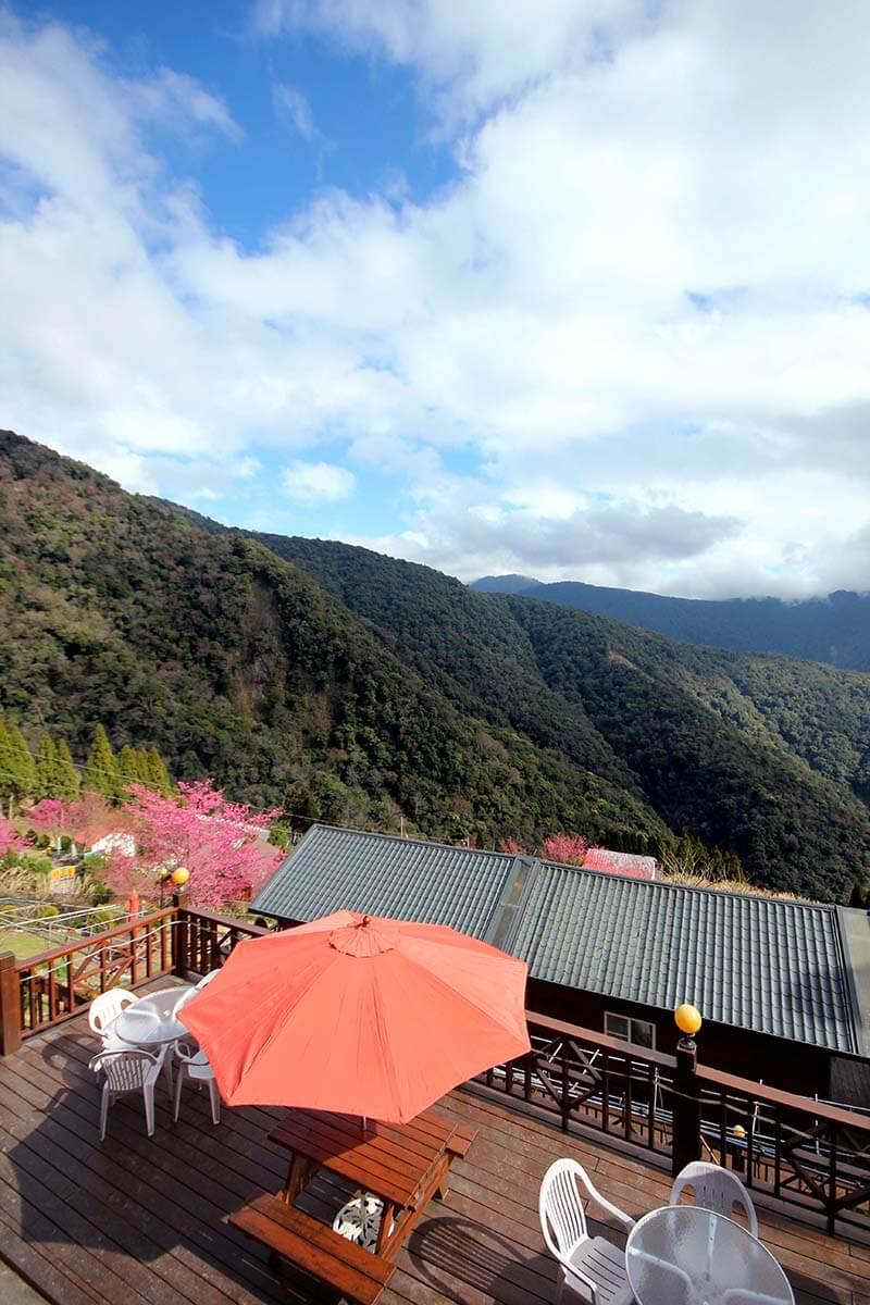 拉拉山民宿-嶺鎮景觀度假農場
