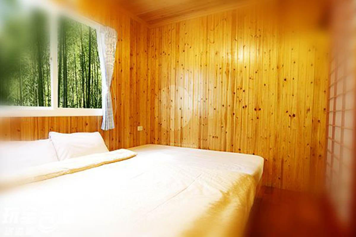 溪頭民宿-上賓小木屋
