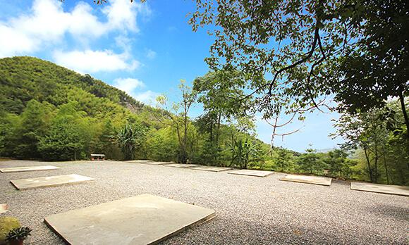 溪頭和興露營區