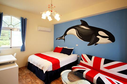 鯨魚雙人房
