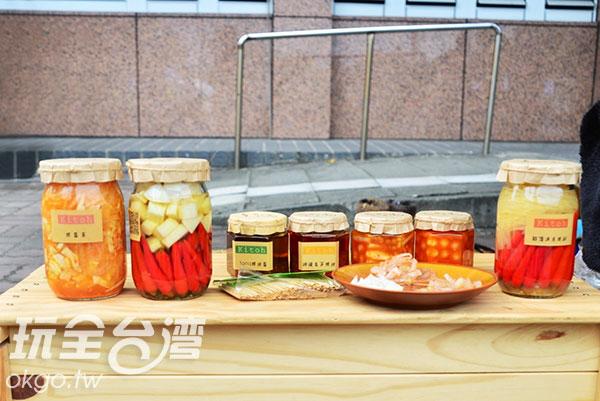 自家醃漬的配菜,保證安心!/玩全台灣旅遊網特約記者蔣汶晏攝