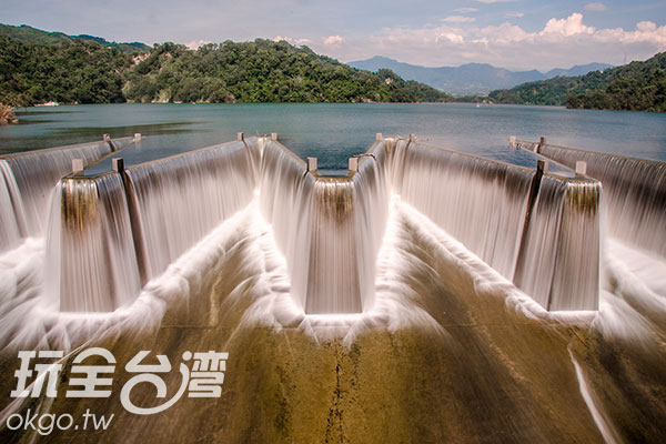 「觀虹橋」上正中間的位置,相當搶手/玩全台灣旅遊網特約記者陳健安攝