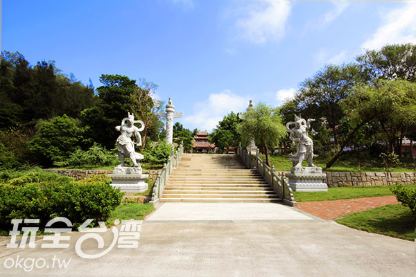 海印寺位居太武山上,相當清幽/玩全台灣旅遊網攝