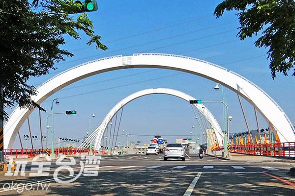 新桃花園橋的涵洞式造型/玩全台灣旅遊網特約記者楊昌林攝