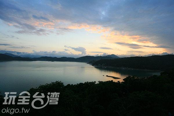 日月潭的湖光山色/玩全台灣旅遊網攝