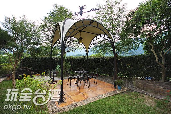 戶外的休憩空間/玩全台灣旅遊網攝