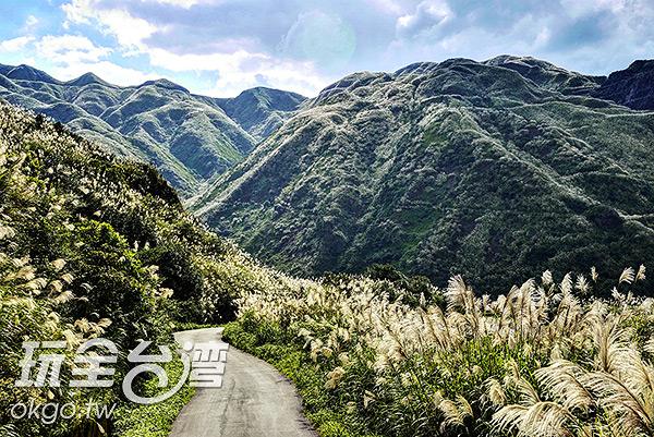 往回走向黃金博物館,層巒疊翠又是另一番風景/玩全台灣旅遊網特約記者奈奈攝