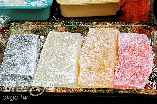 超大塊涼糕/玩全台灣旅遊網特約記者陳健安攝