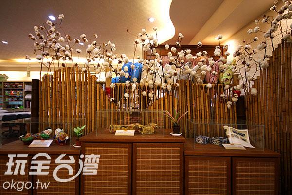 以棉花為擺設的館內空間/玩全台灣旅遊網攝