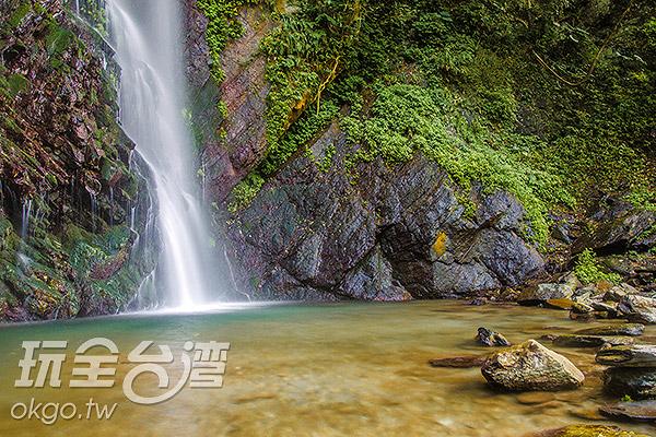 下方的水池,是小孩戲水的天堂/玩全台灣旅遊網特約記者陳健安攝