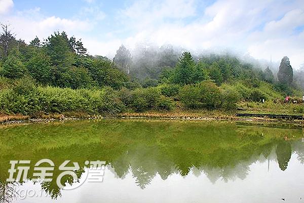 大雪山森林遊樂區內美麗的天池景色/特約記者楊昌林攝