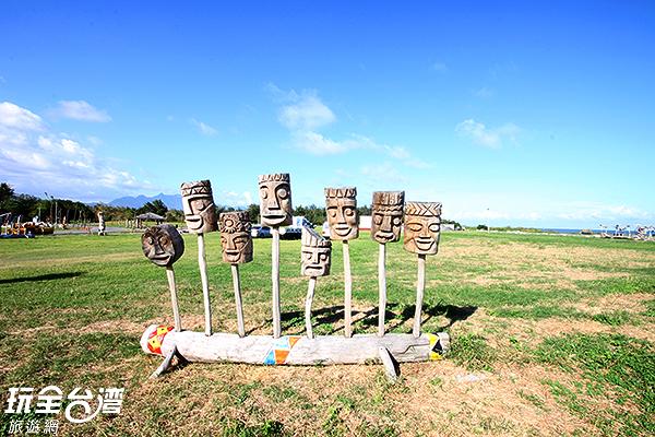 充滿當地色彩的漂流木裝置藝術/玩全台灣旅遊網攝
