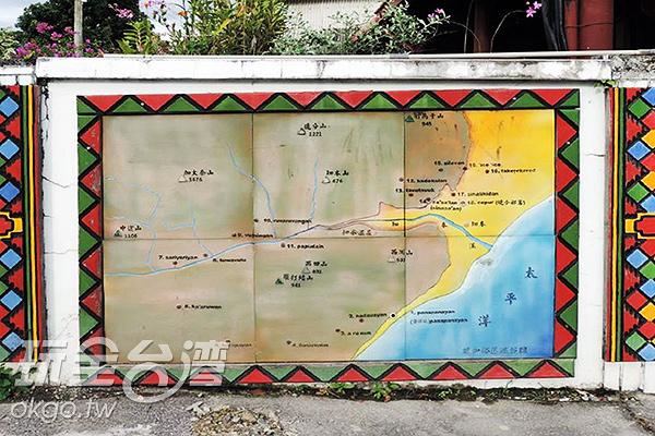 獨特的木雕地圖/玩全台灣旅遊網特約記者李宥歆攝