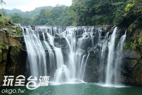 新北市平溪區十分瀑布/玩全台灣旅遊網攝