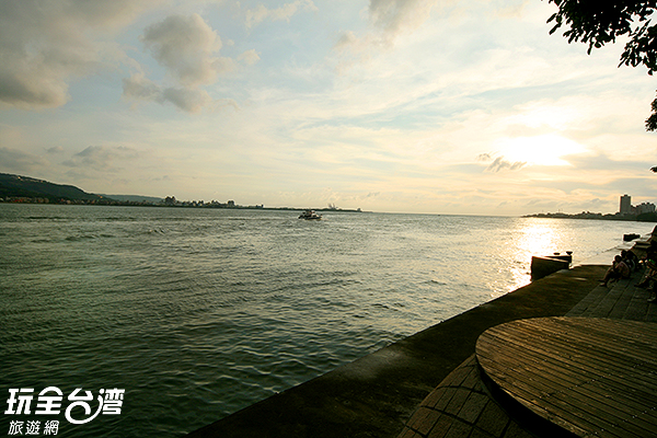 新北市淡水區河岸/玩全台灣旅遊網攝