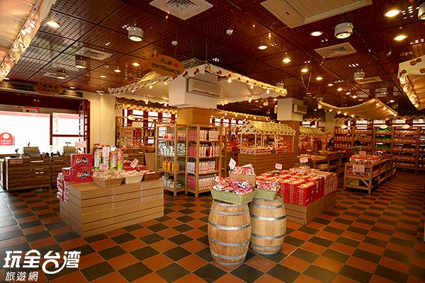 館內除了空間多元豐富,還有草莓相關商品可買/玩全台灣旅遊網攝