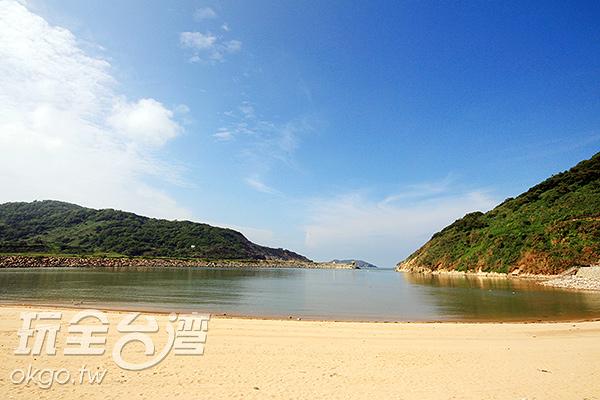 塘后道沙灘海面較平穩~/玩全台灣旅遊網攝