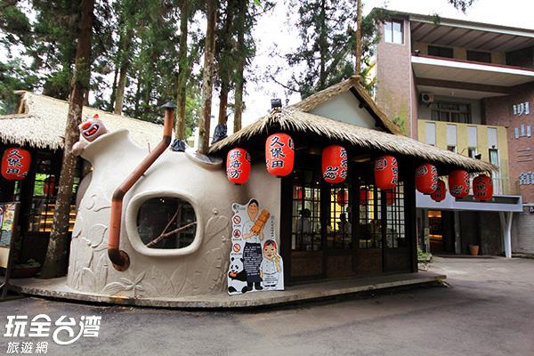 咬人貓窯烤麵包是這裡必吃的特色小吃/玩全台灣旅遊網攝