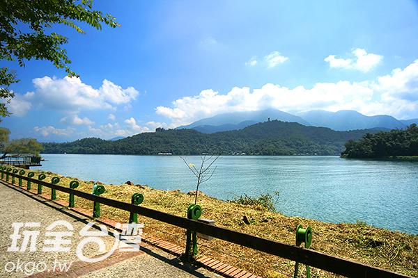 日月潭環湖自行車道可是全球榜上有名的優美車道/玩全台灣旅遊網攝