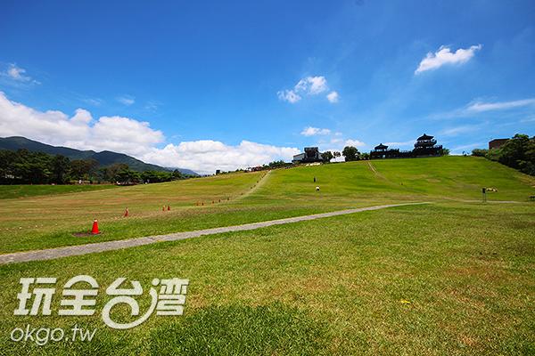 一望無際的高台草原/玩全台灣旅遊網攝