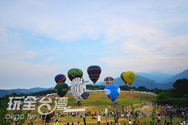 熱氣球季天空綴滿特色氣球/玩全台灣旅遊網攝