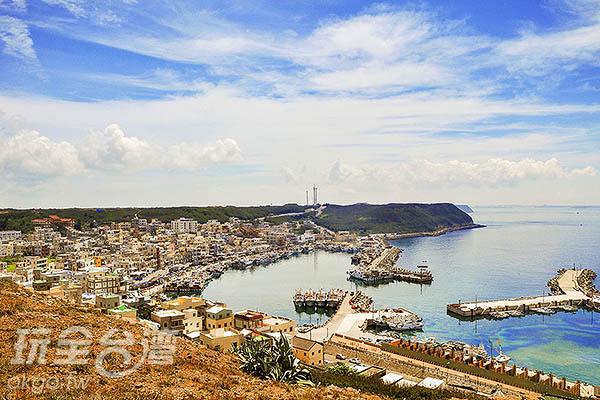 遠眺媲美希臘異國風情/玩全台灣旅遊網特約記者陳健安攝