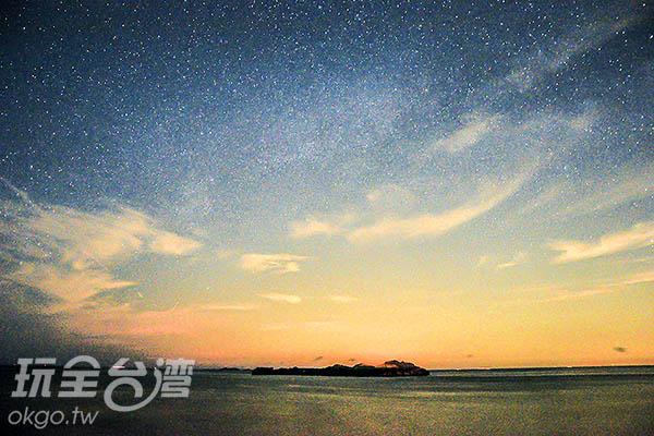夜晚光害稀少,可見滿天星斗/玩全台灣旅遊網特約記者陳健安攝