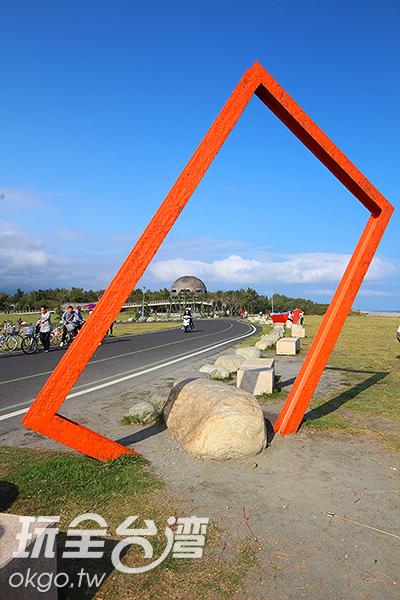 擁有國際地標海濱公園/玩全台灣旅遊網攝