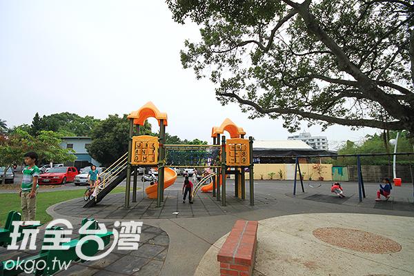 也有許多小朋友遊樂設施/玩全台灣旅遊網攝