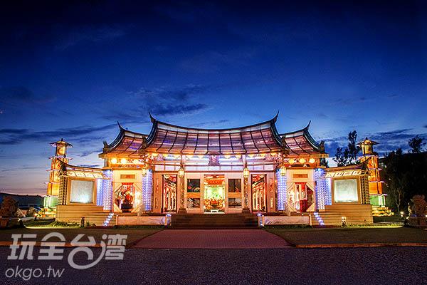 台灣玻璃館旁的玻璃媽祖廟/玩全台灣旅遊網特約記者陳健安攝
