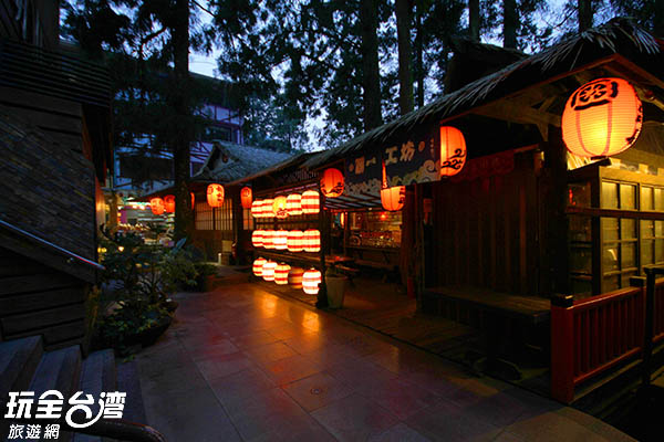 傍晚的妖怪村更別有一番風味!/玩全台灣旅遊網攝