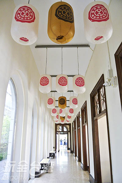 側邊廊道保有日式風格/玩全台灣旅遊網特約記者陳健安攝