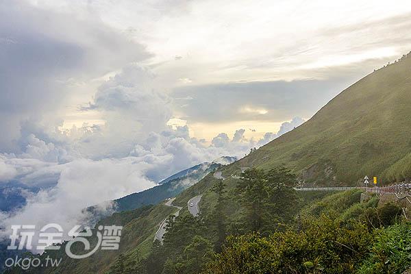 高山氣候說變就變,不一會兒就起霧了/玩全台灣旅遊網特約記者陳健安攝