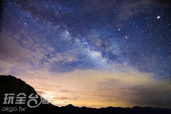 再冷也要一睹銀河全貌/玩全台灣旅遊網特約記者陳健安攝