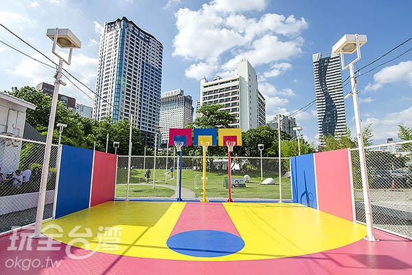 顛覆傳統的籃球場/玩全台灣旅遊網特約記者陳健安攝