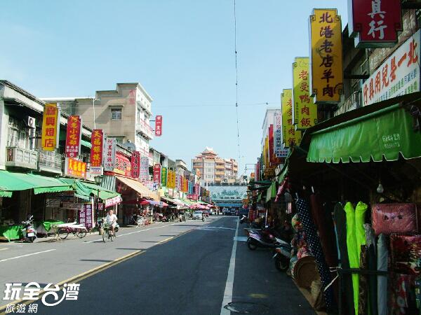 在北港朝天宮正前方的北港老街,有著許多必吃的在地小吃喔/玩全台灣旅遊網攝