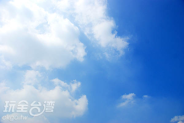 這麼好的天氣,就別呆在家了!一起出來玩~!/玩全台灣旅遊網攝