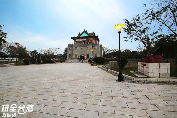 特殊的樓台外觀曾被中華民國郵票採用/玩全台灣旅遊網攝