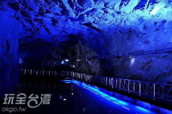 翟山坑道全長101公尺、寬約6公尺、高約3.5公尺/玩全台灣旅遊網攝