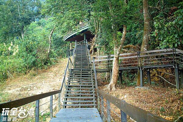 全長僅八十公尺的「大竹湖自然步道」,是日月潭湖畔最短的步道/玩全台灣旅遊網攝