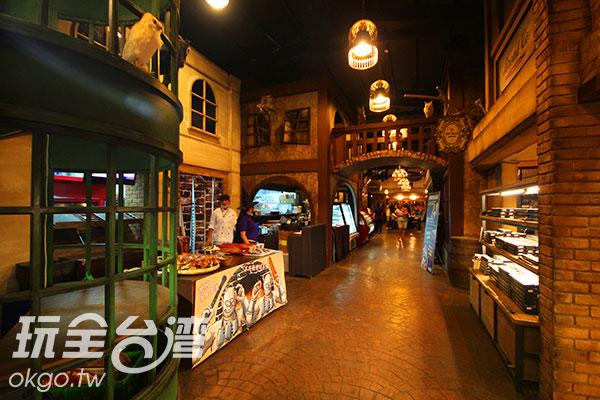 貓頭鷹在街道四處歡迎著旅人來到魔法世界/玩全台灣旅遊網攝