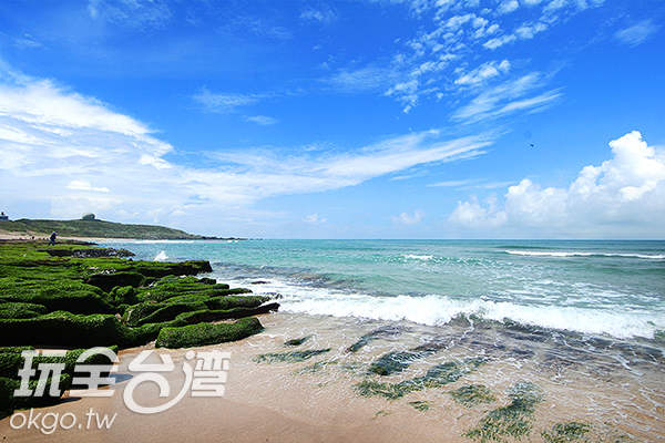 綠意礁岩一路延續直到深入藍色汪洋/玩全台灣旅遊網攝