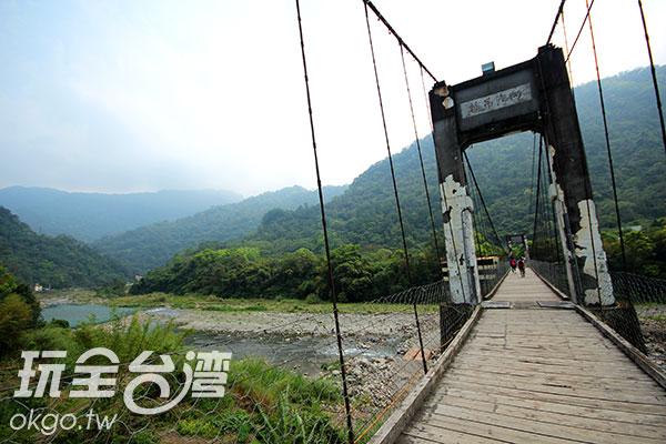 具歷史歲月的內灣吊橋/玩全台灣旅遊網攝